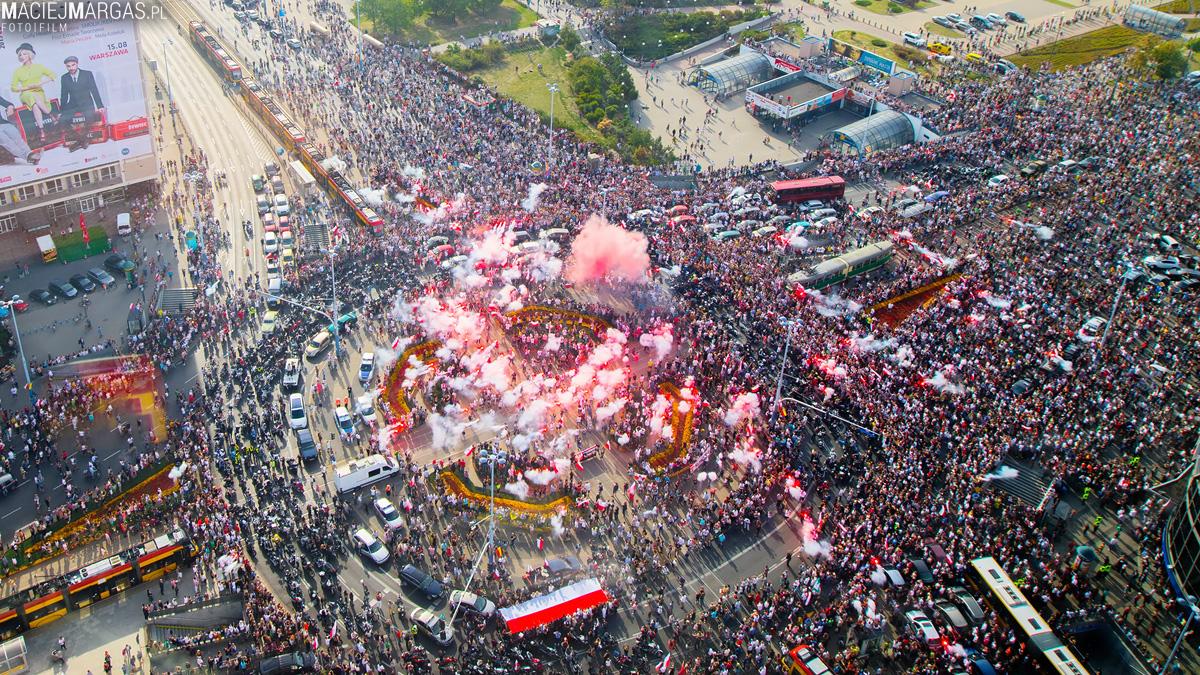 """Godzina """"W"""" w centrum Warszawy"""