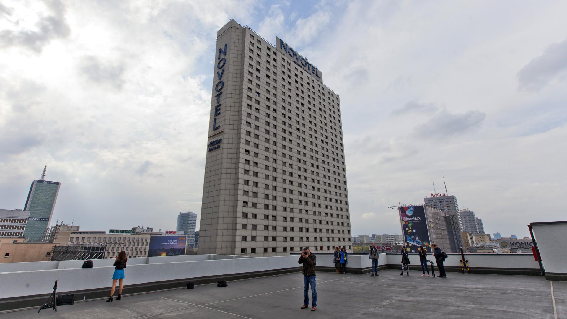 IMG_4084 (U)chwyciłem Warszawę z dachu hotelu Novotel!