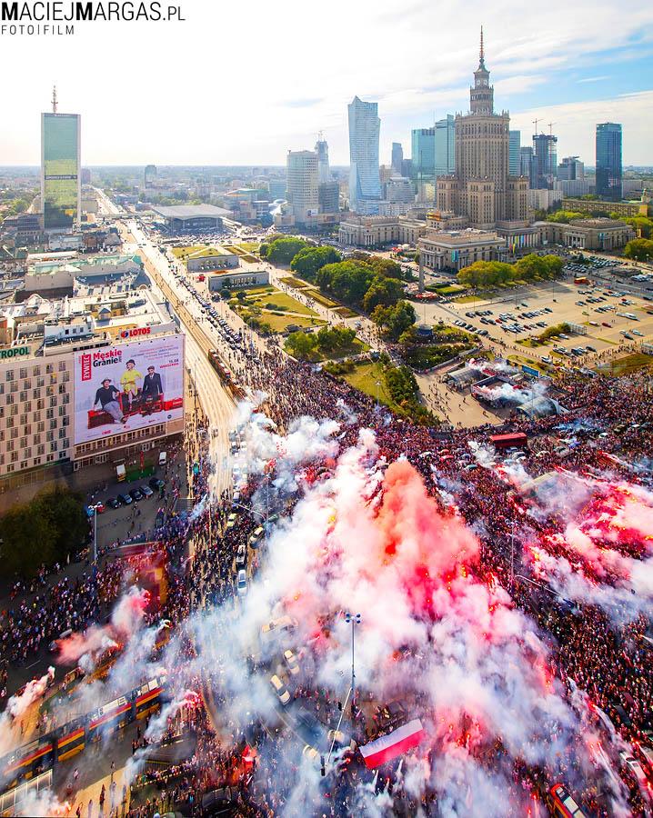 """PanoramaWarszawy1sierpnia2015 Godzina """"W"""" w centrum Warszawy"""