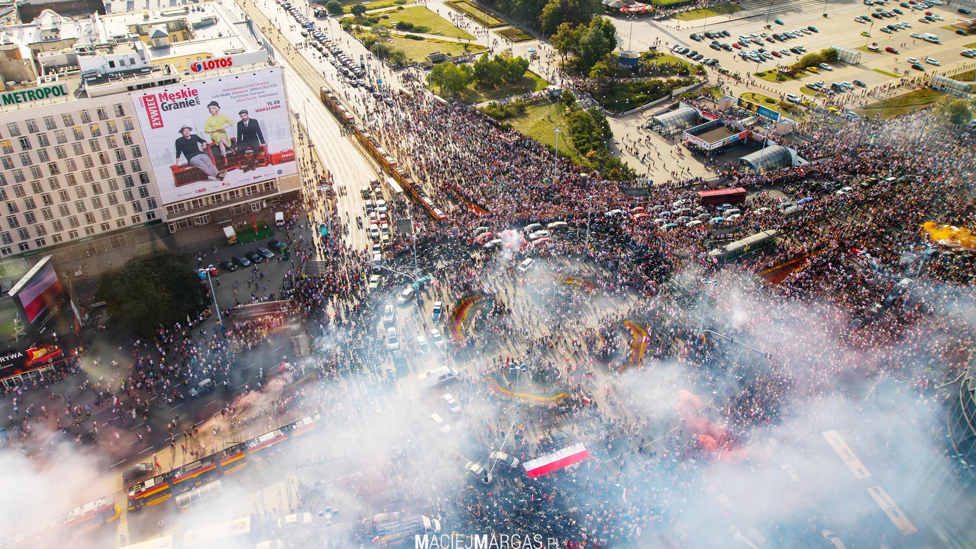 """full1 Godzina """"W"""" w centrum Warszawy"""