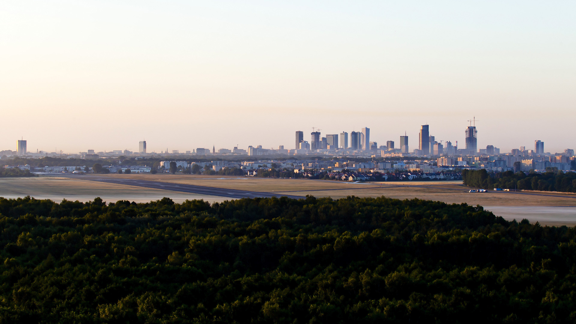 full2 Jak wyglądałaby panorama Warszawy bez PKiN