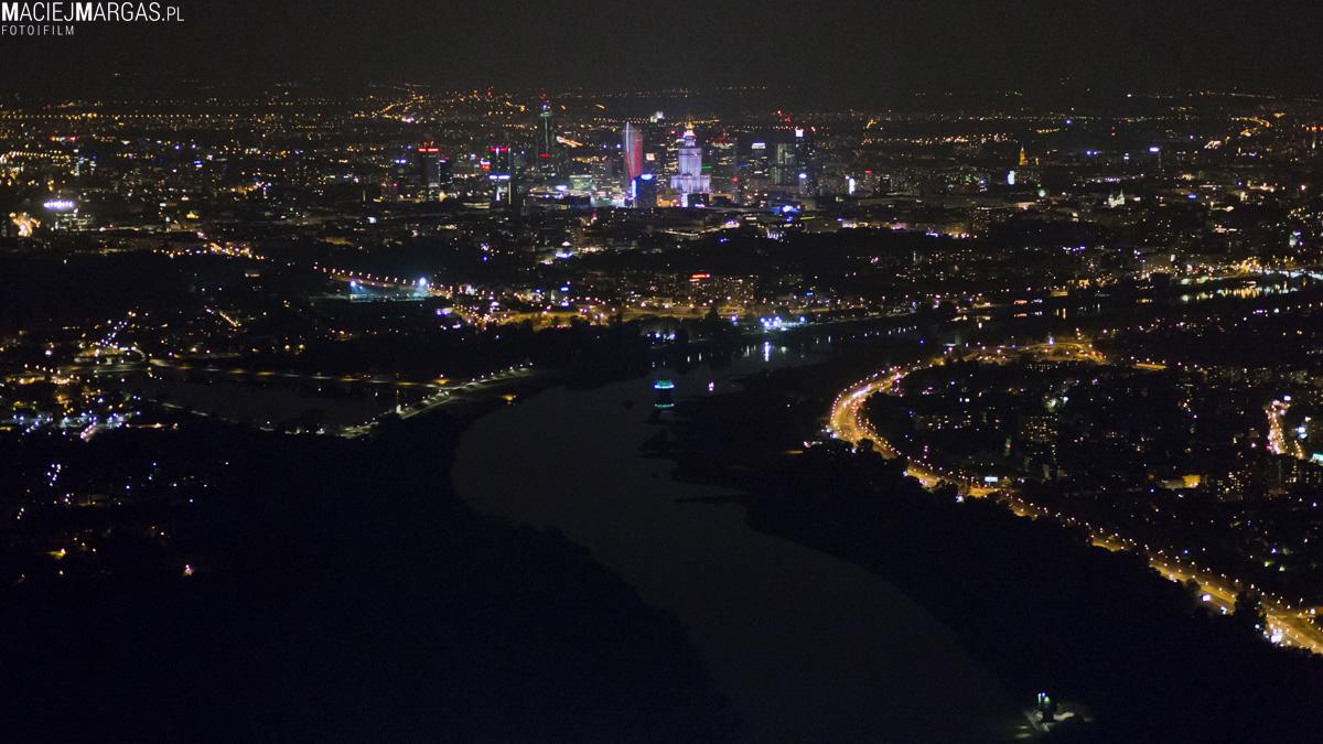 helikmargas-9 Ponad Miastem - nocna Warszawa z lotu ptaka