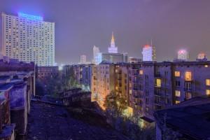 kamieniccentru1-300x200 Panoramy Warszawy | noc