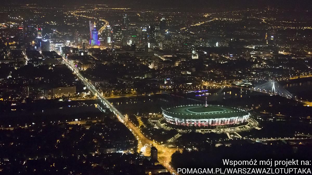 qwer Ponad Miastem - nocna Warszawa z lotu ptaka