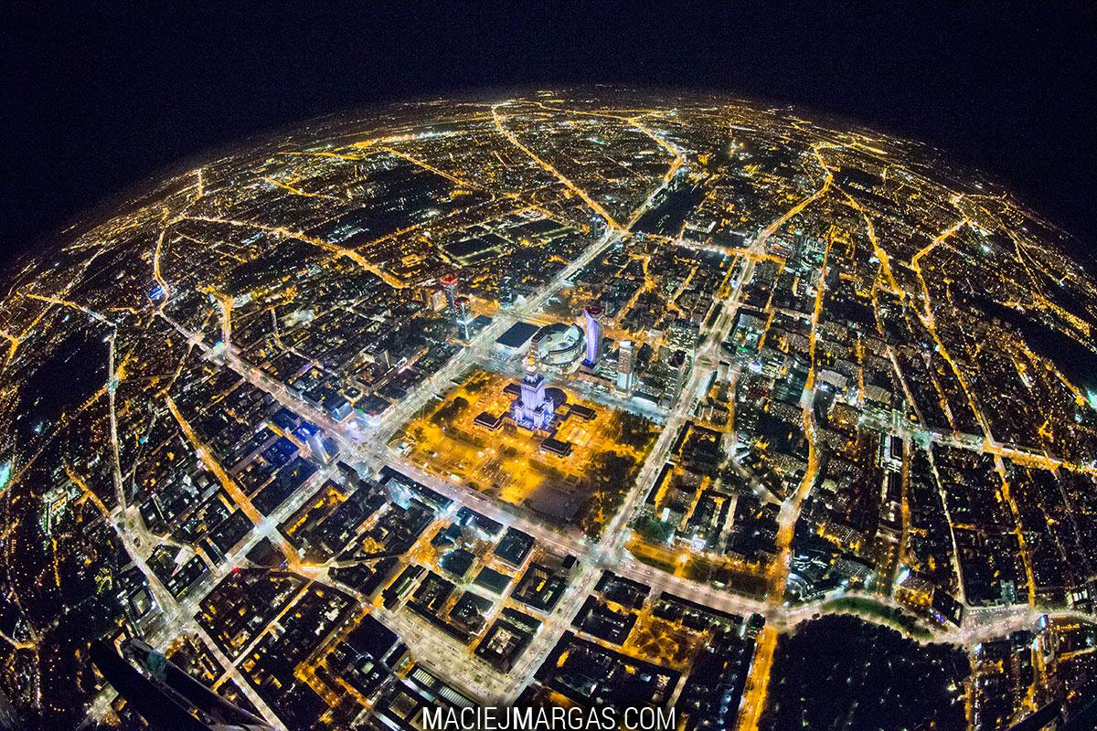 Planeta Warszawa - Grand Press Photo 2016 - Maciej Margas